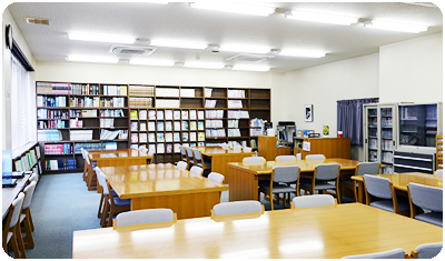 両科共通図書室